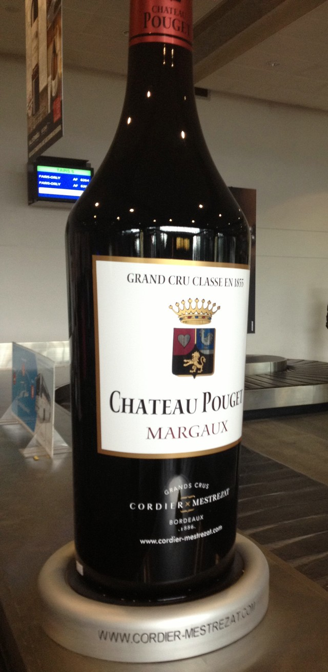 Aeroporto_Bordeaux_garrafa