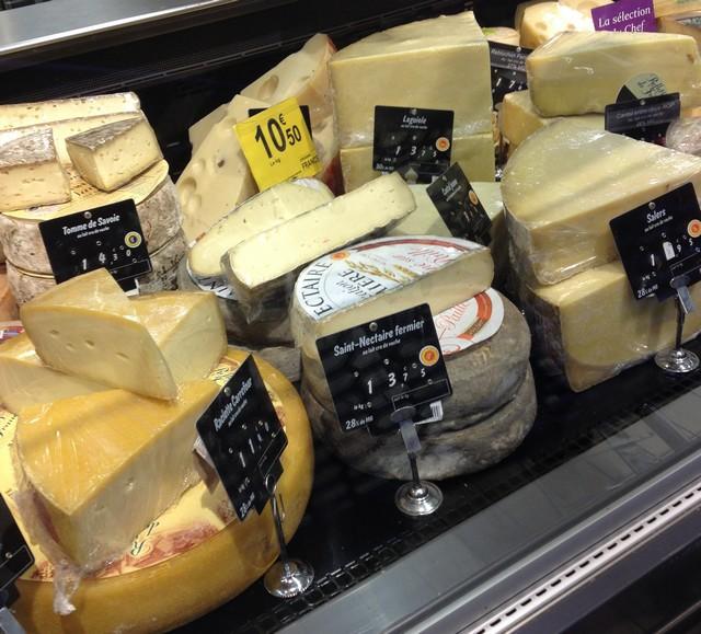 Carrefour_Bordeaux_queijos